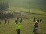 Púšťanie šarkanov pod kopcom Straník